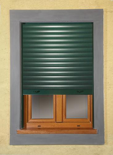 Tapparelle per finestre finestre grate persiane porte - Tipi di zanzariere per porte finestre ...